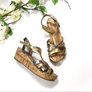 Cherokee Girl Wedge Sandals | Size: 2